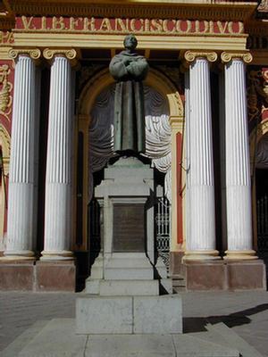 Foto de la Estatua que representa al Divo Francisco, Salta.