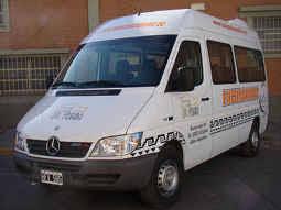 Foto de Mercedes Benz de 14 pasajeros en Salta.